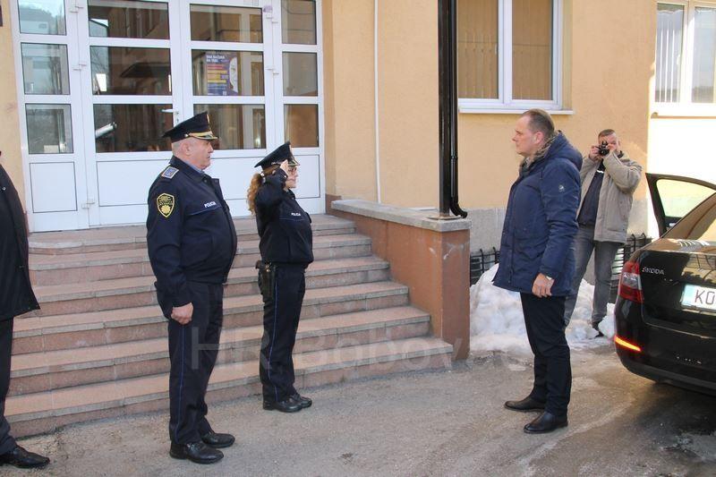 IMG2515-PolicijaVozilo