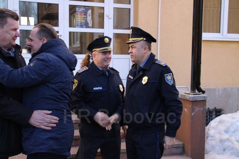 IMG2519-PolicijaVozilo