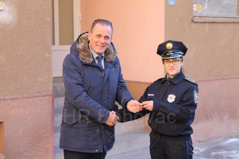 IMG2526-PolicijaVozilo