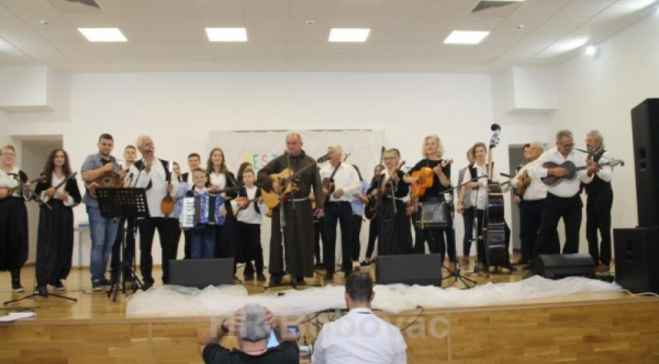 Održan Festival tamburaške pjesme u Varešu